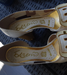 Kozne bele cipele