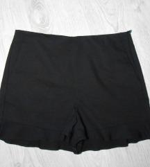 Moderan ZARA šorts kao NOV M/L