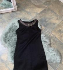 Crna haljina sa nitnama