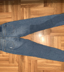 SNIŽENO! Ženske BERSHKA pantalone