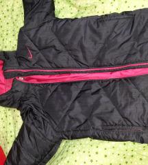 Nike jakna vel M