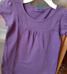 Ljubičasta majica 152