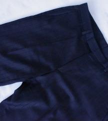 Hugo Boss kao nove skupocene pantalone L