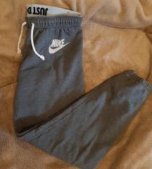 Nike original zenska siva trenerka HIT CENA DANAS