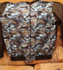 Prodajem mušku jaknu kao nova