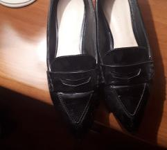 Charles Keith ravne cipele original