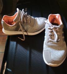 Adidas running soft foam 37