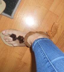2 para sandale za 400 SNIZENJEE