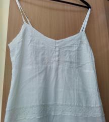 Bela lepršava haljina
