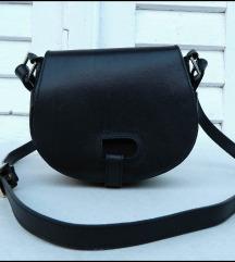 Prelepa Crna kožna torba kao nova