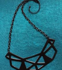 Poligona ogrlica