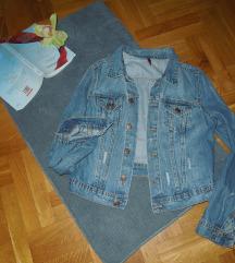 H&M jaknica odlicna