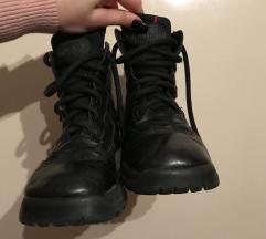 Cipelee 🥾
