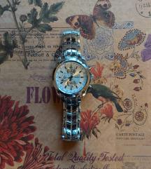 Original Curren sat sa vidljivim tragovima nošenja