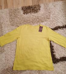 Nova bluza sa etiketom
