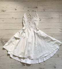 Letnja bela haljinica sa golim ledjima