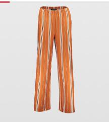 Komplet top+pantalone
