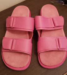 %%% 1500 Zara kozne roze dad papuce