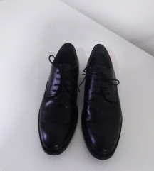 Muske kozne cipele, velicina 45