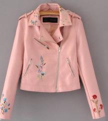 Prelepa roze kožna jakna 🌸