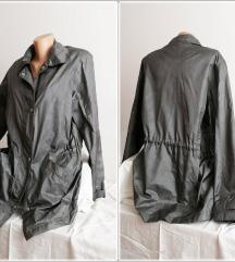 9.3. Siva XL tanja jakna