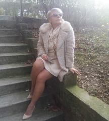 Atraktivna jakna sa prirodnim krznom