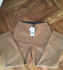 ZARA Pantalone- NOVO