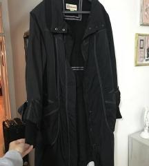 Crni mantil jakna novo