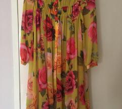 Izuzetno prijatna i lagana haljina