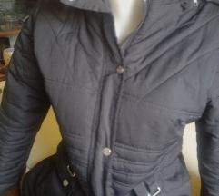 Crna dugacka jakna ,rasprodajaaa