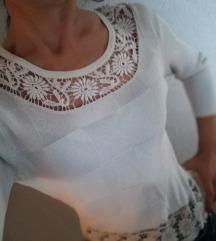 Savrsena bluza 🌼💮🌸sniženje