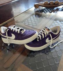 Nike- air force 💜
