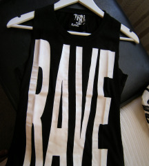 Jedinstvena Rave majica gola ledja :)