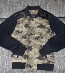 Maskirna jaknica