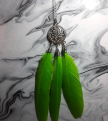 Ogrlica privezak zelena pera