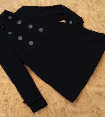 Crni kaput Zara