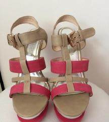 NOVO sandale