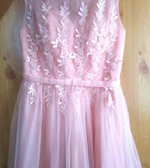 Svecana haljina sa 3D cipkom