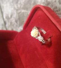 Srebrni prsten sa ružom