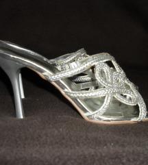 SREBRNE papuče   38