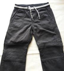 H&M smekerske pantalone