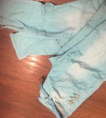 Nove plave pantalone-farmerice 999