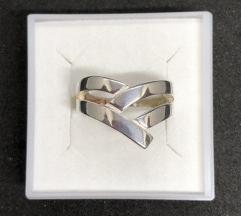 Srebrni prsten 925 NOVO!SNIZEN(2690din)