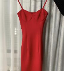 Crvena haljina do kolena
