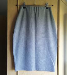 Dve duboke pencil suknje