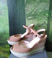 BATA kožne sandale na platformu