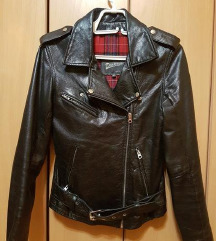 Kozna jakna sa postavom