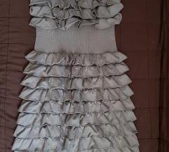 Braon haljina sa karnericima
