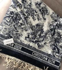Christian Dior sal od kasmira nov sa etiketom
