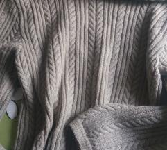 Bež džemper
